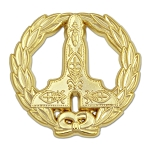 Wreathed Senior Warden Level Gold Masonic Lapel Pin - [1 1/4