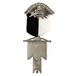 Standard Bearer Knights Templar Masonic Officer Breast Jewel - RKT-6